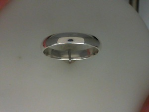 photo of Sterling silver 4mm band size 10.5 item 001-430-00499